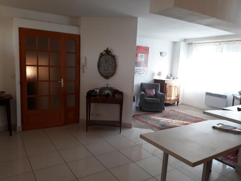 Sale apartment Lunel 190800€ - Picture 2