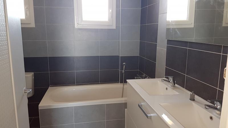 Location maison / villa Bonchamp les laval 730€ +CH - Photo 5