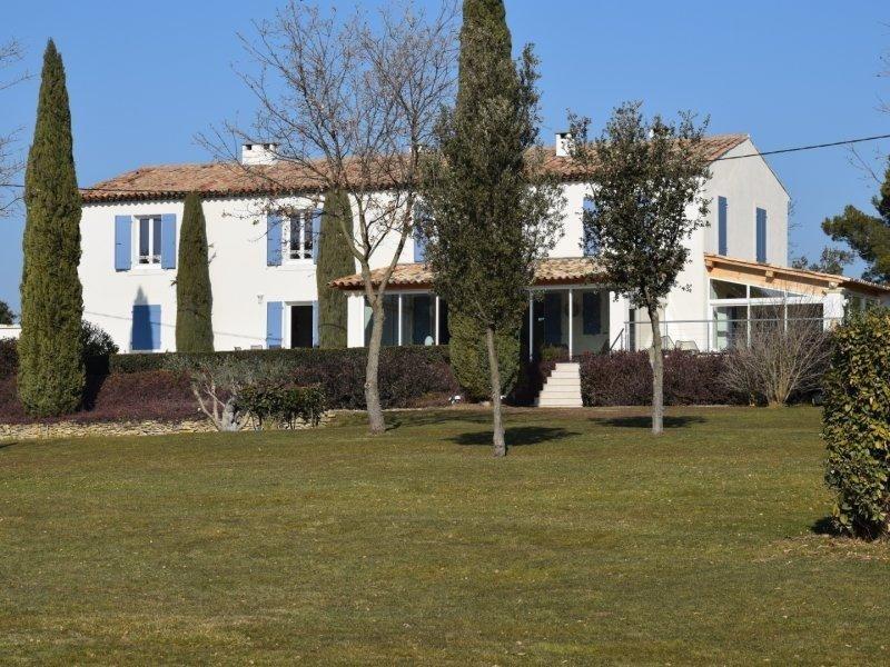 Deluxe sale house / villa Eguilles 2290000€ - Picture 1