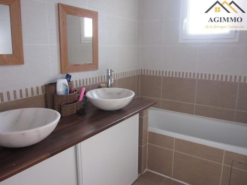 Vente maison / villa L isle jourdain 304500€ - Photo 6