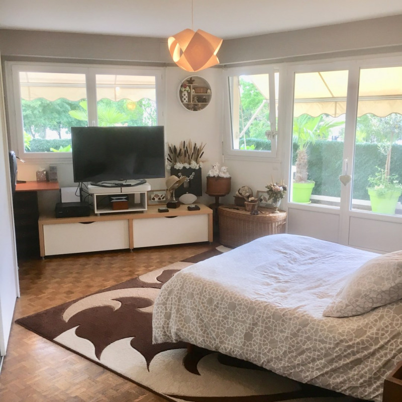 Sale apartment Romainville 412000€ - Picture 6