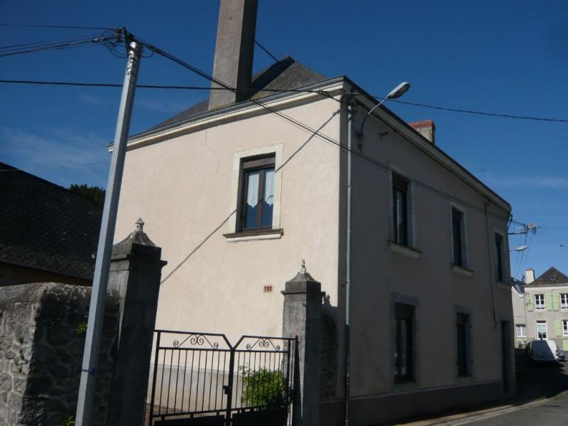 Sale house / villa La bazouge de chemere 79000€ - Picture 3
