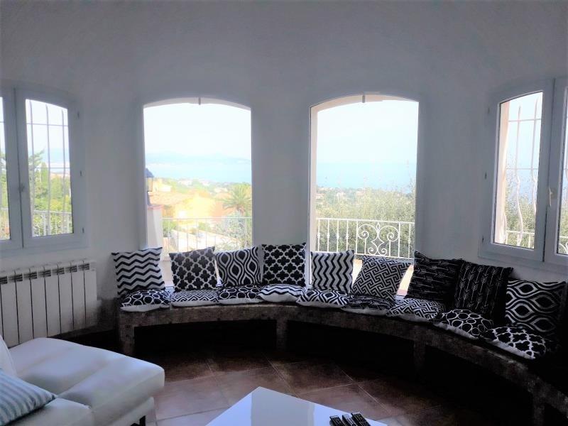 Location maison / villa Les issambres 2072€ CC - Photo 6