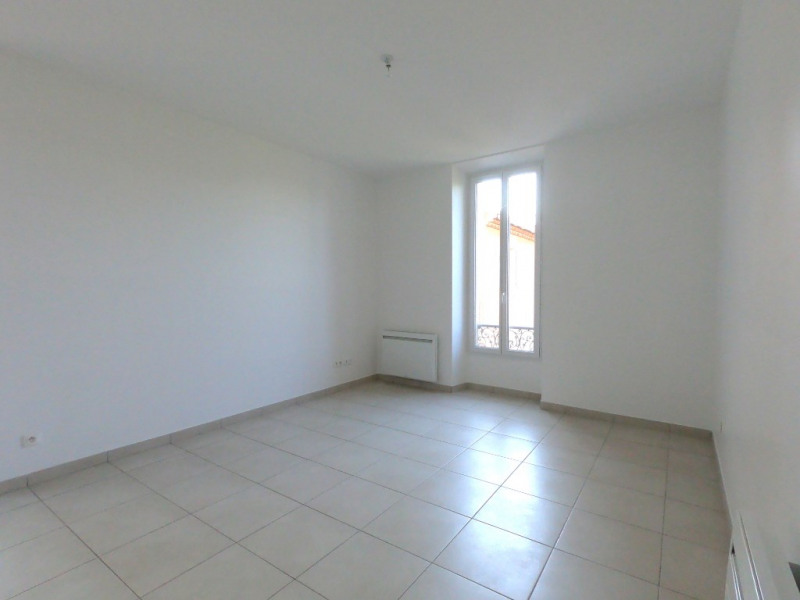 Location appartement Gardanne 850€ CC - Photo 5