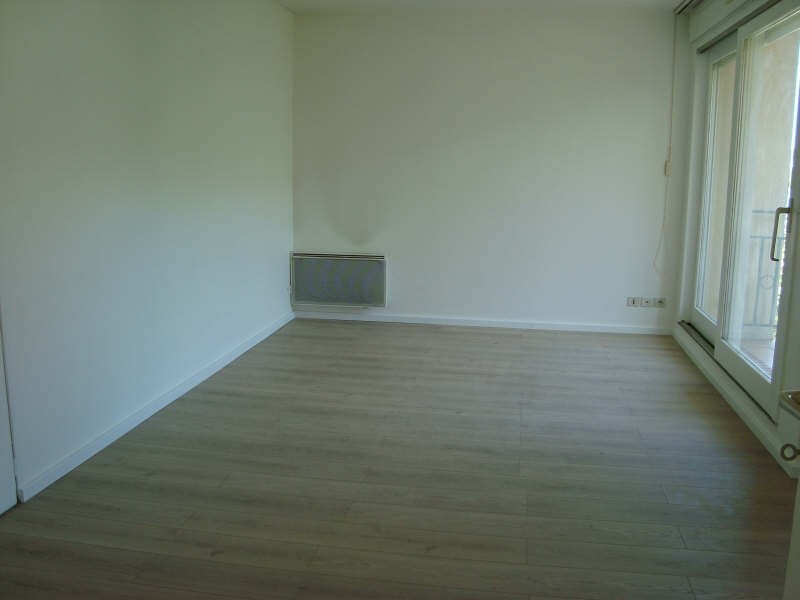 Location appartement Marly le roi 860€ CC - Photo 1