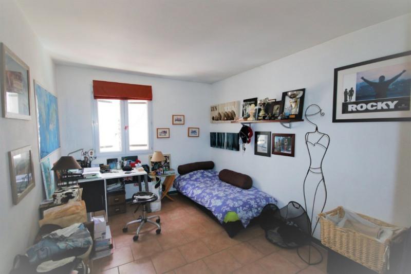 Sale house / villa Peyrolles en provence 460000€ - Picture 9