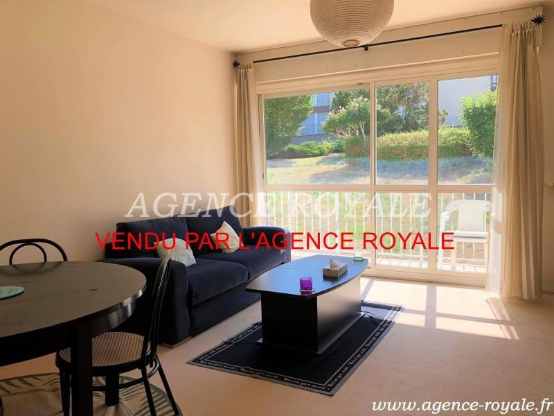 Sale apartment Chambourcy 210 000€ - Picture 1