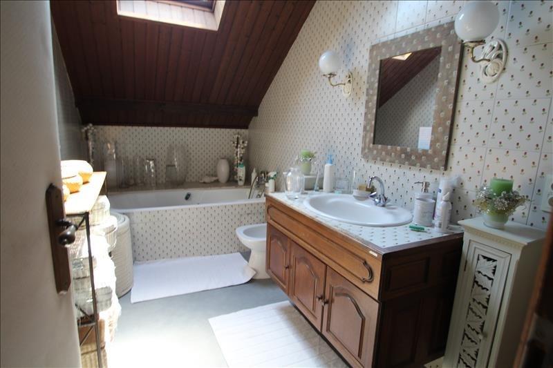 Sale house / villa St jean d arvey 422000€ - Picture 7