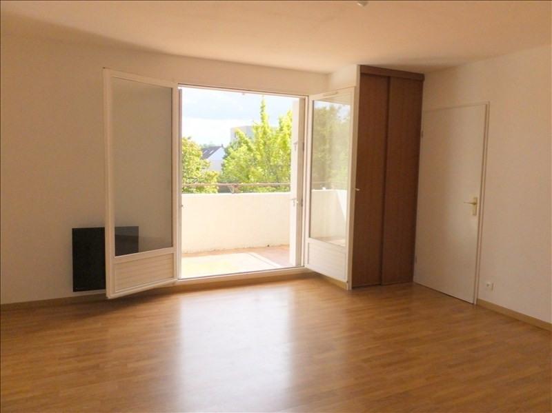 Alquiler  apartamento Montigny le bretonneux 1010€ CC - Fotografía 2