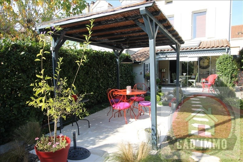 Sale house / villa Bergerac 211 000€ - Picture 1