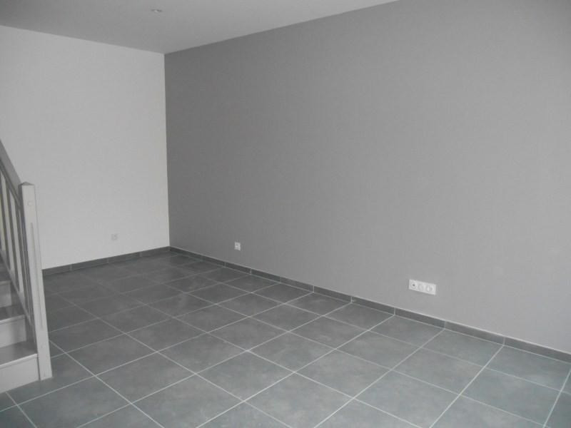 Location appartement Troyes 660€ CC - Photo 3