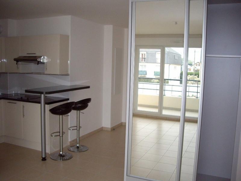 Sale apartment Noisy le grand 141000€ - Picture 2