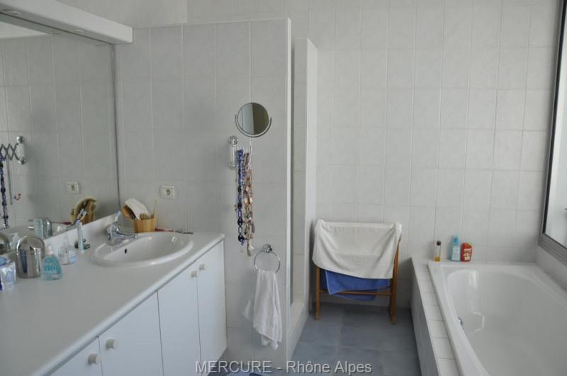 Deluxe sale apartment Sainte foy les lyon 895000€ - Picture 9