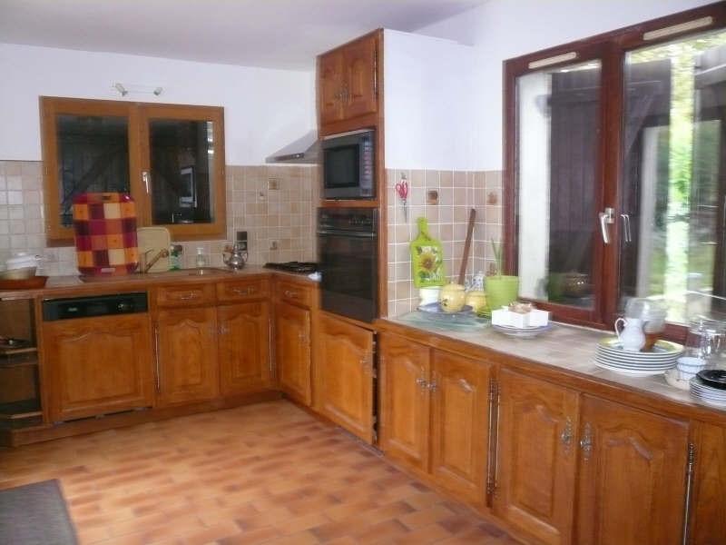 Location maison / villa St andre de cubzac 802€ CC - Photo 5