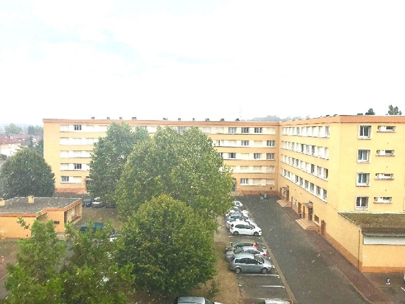 Sale apartment Bron 99 000€ - Picture 1