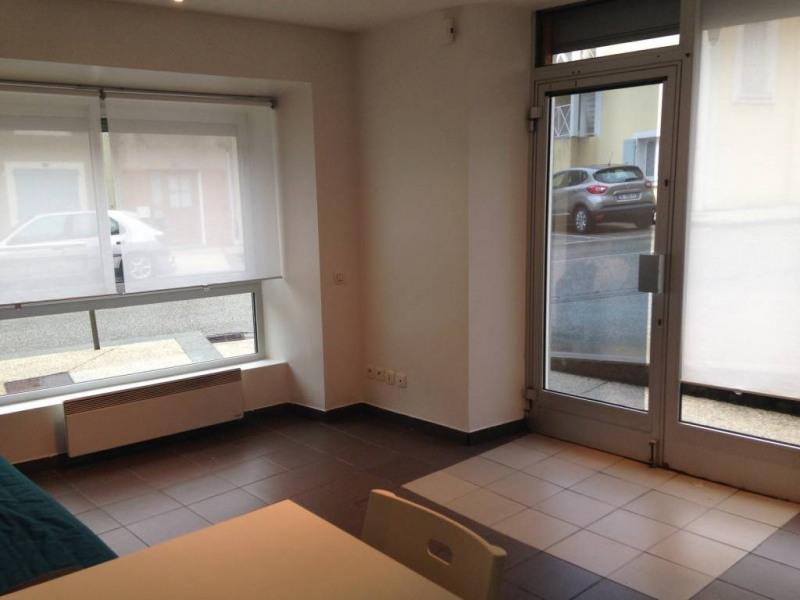 Location appartement Saint-laurent-du-pont 300€ CC - Photo 5