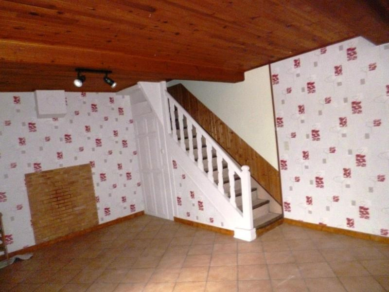 Location maison / villa Montrottier 450€ CC - Photo 3