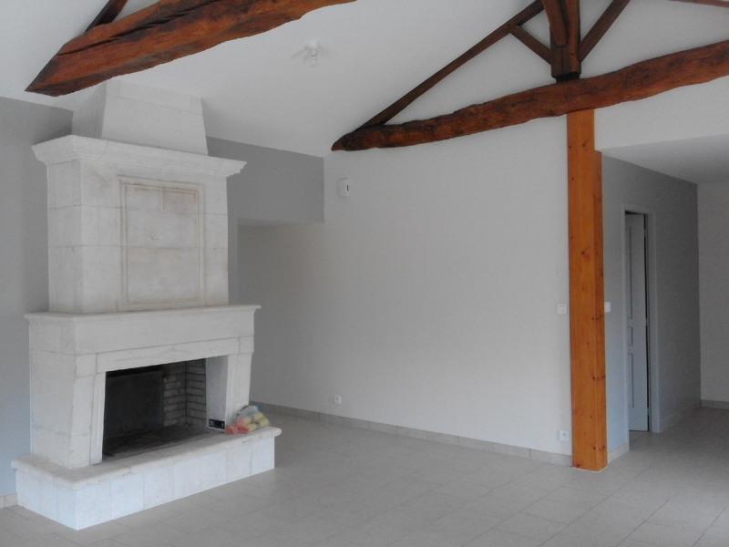 Rental house / villa Montchaude 830€ CC - Picture 3