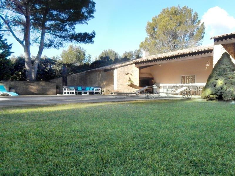 Deluxe sale house / villa Cornillon confoux 1050000€ - Picture 2
