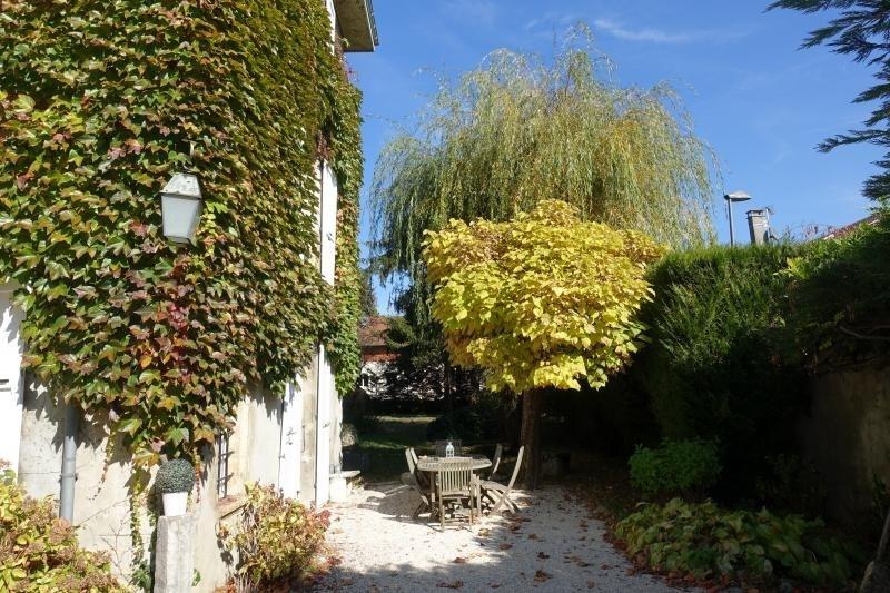 Deluxe sale house / villa La buissiere 585000€ - Picture 8