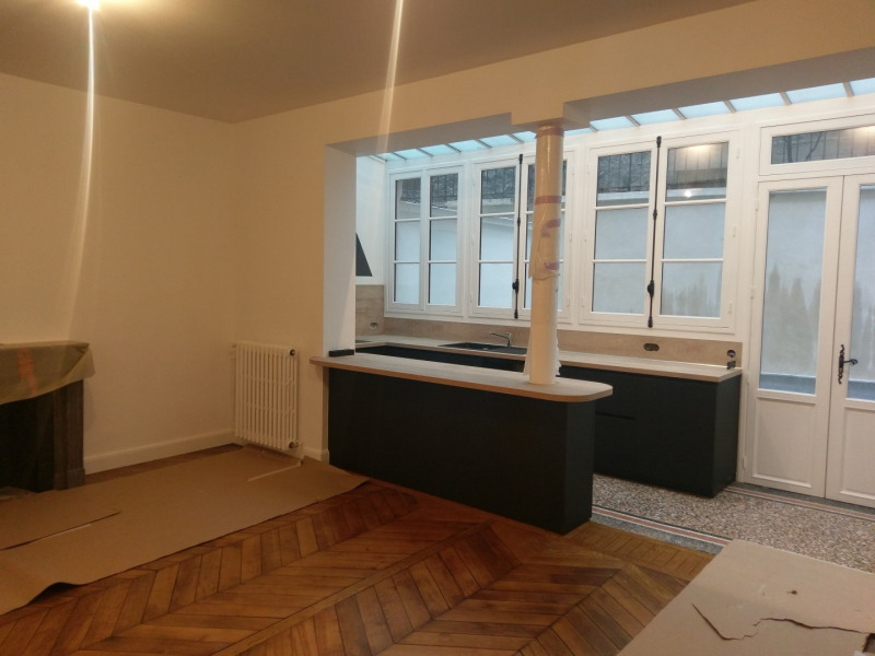 Location appartement Paris 7ème 3 950€ CC - Photo 6