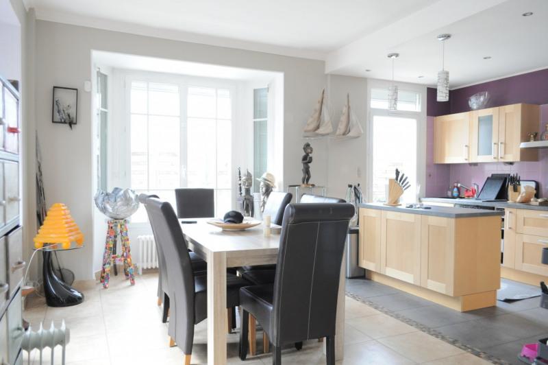Sale house / villa Villemomble 435000€ - Picture 2