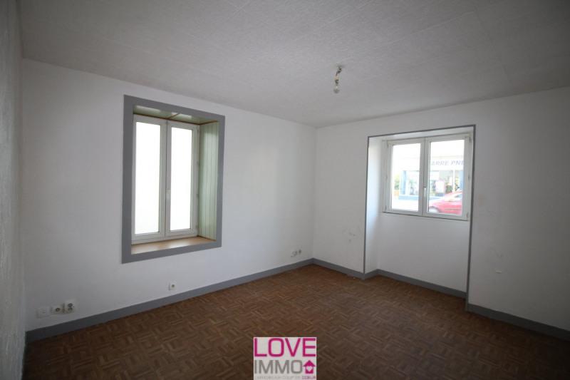 Vente maison / villa Les abrets 94900€ - Photo 4