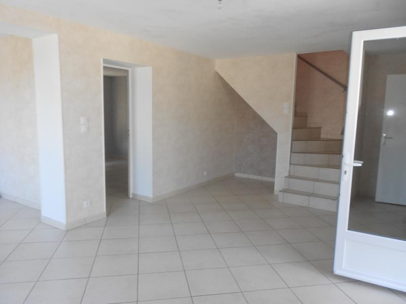 Rental house / villa Epuisay 715€ CC - Picture 3