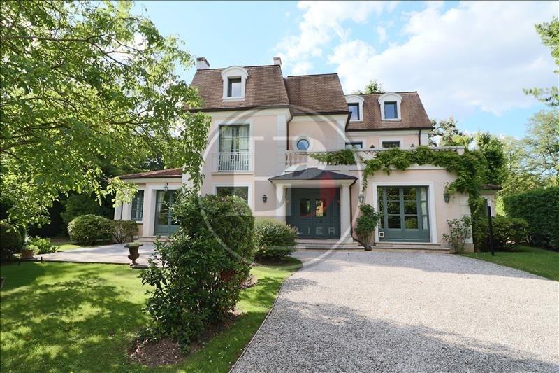 Deluxe sale house / villa Le vesinet 3190000€ - Picture 1