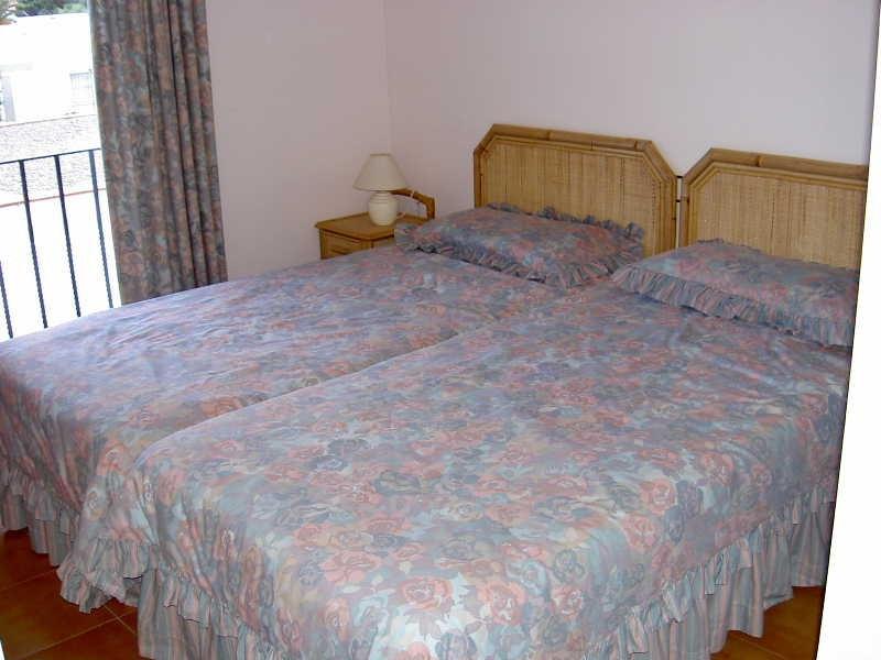 Sale house / villa Roses santa-margarita 325000€ - Picture 8