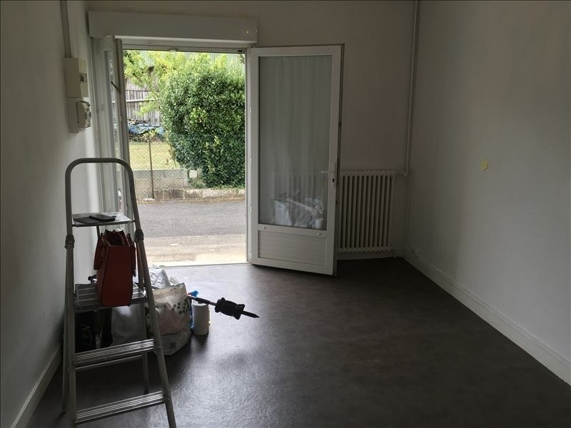 Location appartement Poitiers 321€ CC - Photo 2
