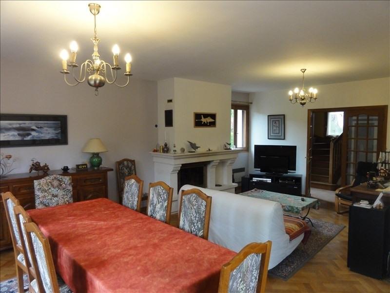 Sale house / villa Montfort l amaury 584000€ - Picture 4