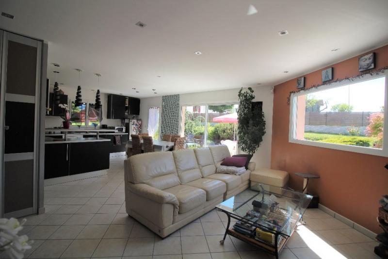 Sale house / villa Le pont de beauvoisin 255000€ - Picture 4