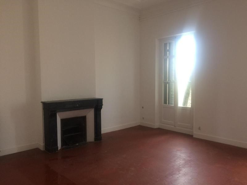 Location appartement Aix en provence 2 100€ CC - Photo 3