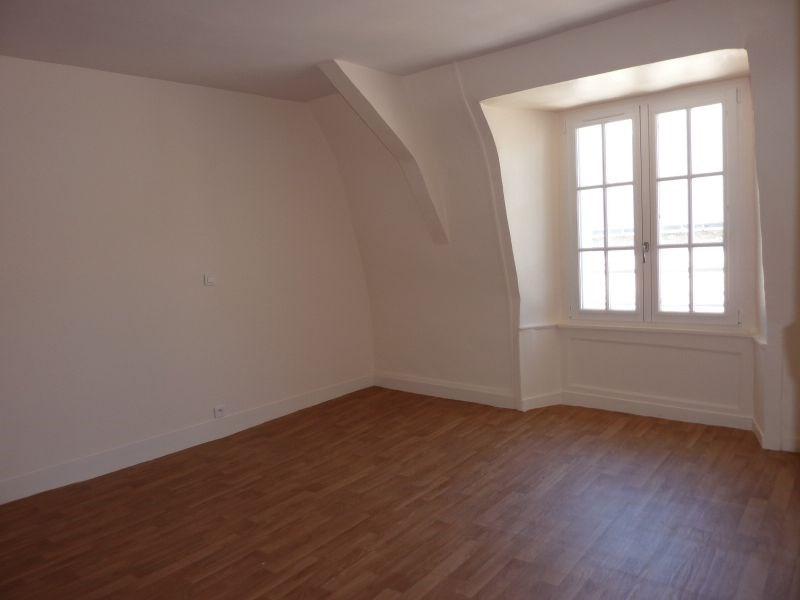 Rental apartment Pontivy 490€ CC - Picture 1