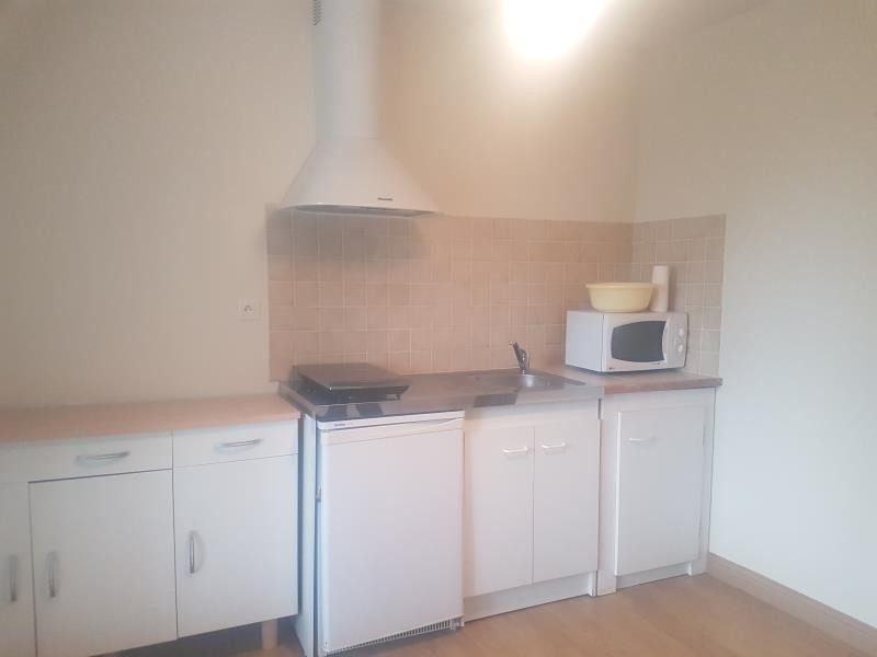Location appartement St martin de st maixent 360€ CC - Photo 1