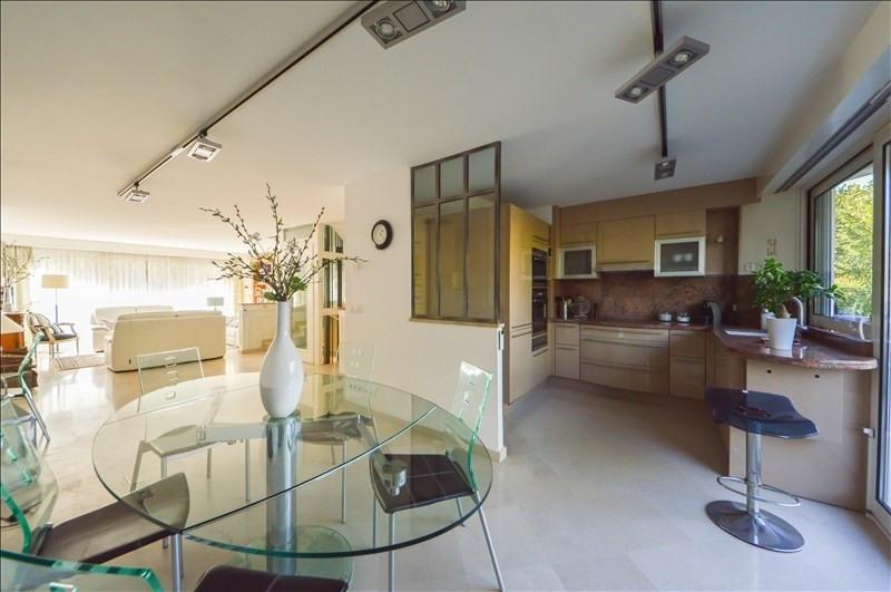 Deluxe sale house / villa Suresnes 1190000€ - Picture 2