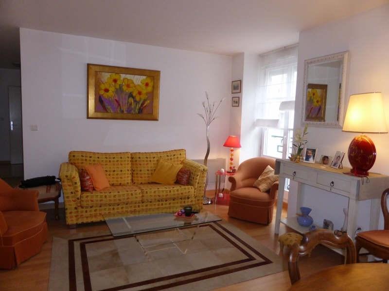 Sale apartment Bagneres de luchon 175000€ - Picture 1