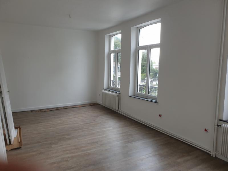 Rental house / villa Avesnes sur helpe 750€ CC - Picture 3