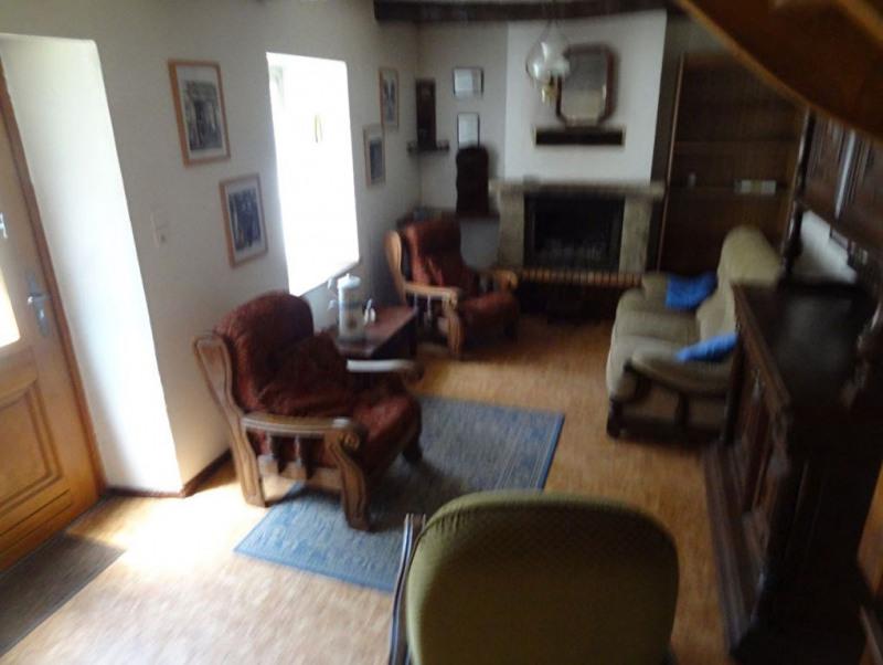Sale house / villa Saint nicolas du pelem 49600€ - Picture 5