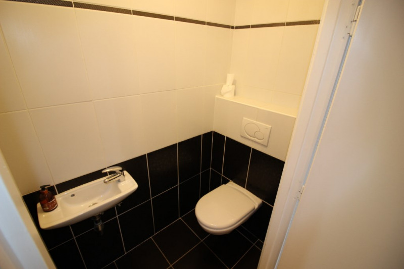 Sale apartment Ornex 340000€ - Picture 7