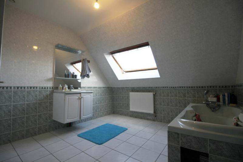 Sale house / villa Caudan 266250€ - Picture 4