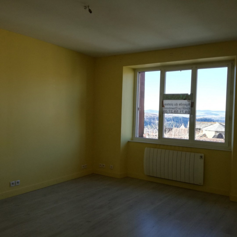 Rental apartment Le monastier sur gazeille 390€ CC - Picture 3