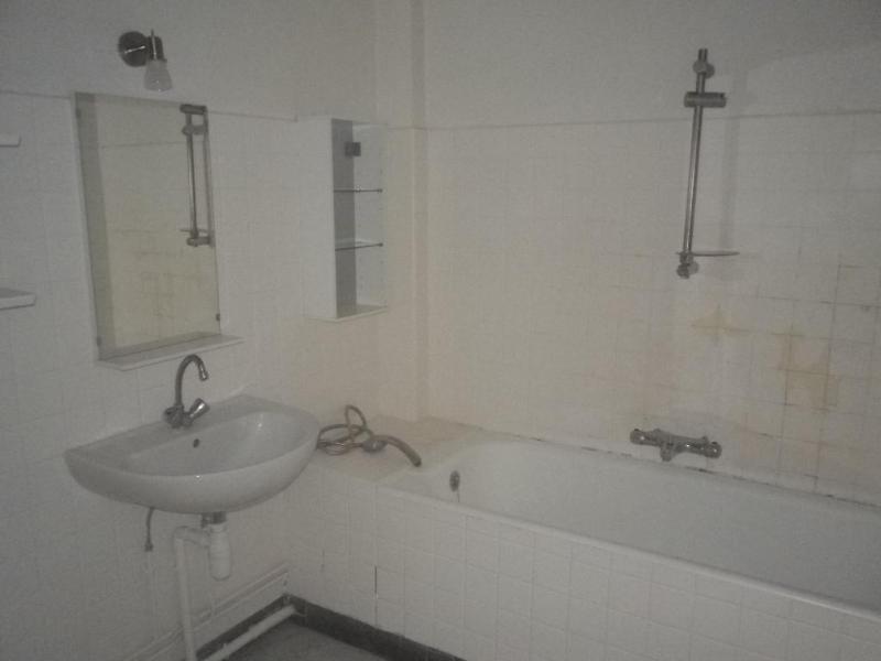 Location appartement Aix en provence 1178€ CC - Photo 4