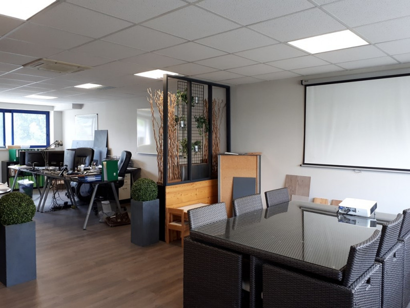Rental office Seynod 736€ CC - Picture 3