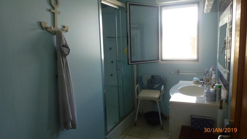 Sale house / villa Ste anne 399000€ - Picture 12