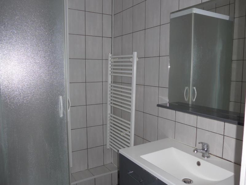 Location appartement Oullins 563€ CC - Photo 9