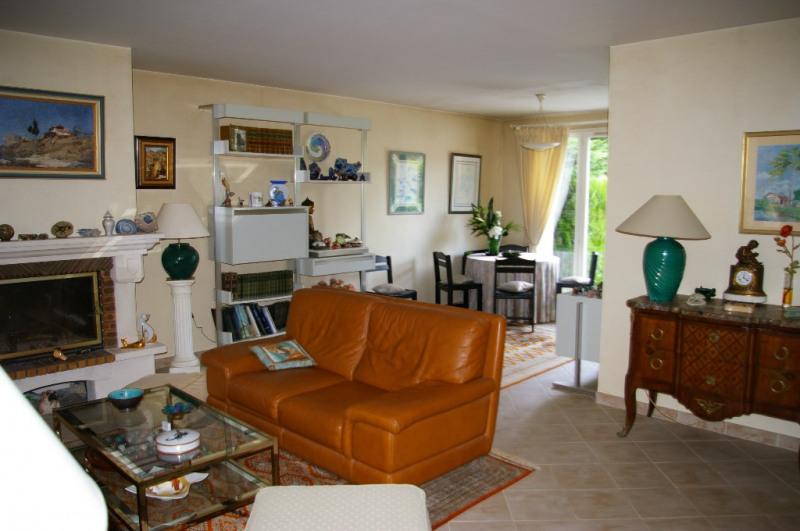 Sale house / villa Carrieres sous poissy 520000€ - Picture 2