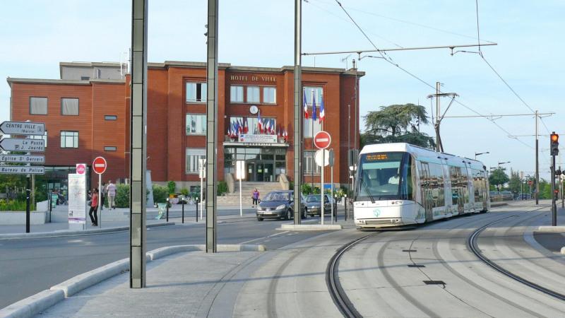 Produit d'investissement immeuble Pierrefitte sur seine 820000€ - Photo 1