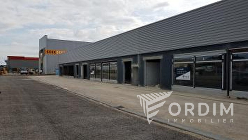 Location bureau Auxerre 12 160€ HC - Photo 1